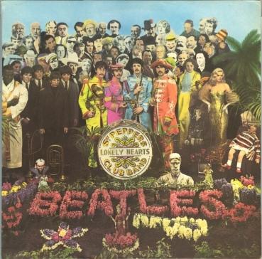 "The Beatles i ich""Sgt. Pepper's Lonely Hearts Club Band"" [źródło okładki]."